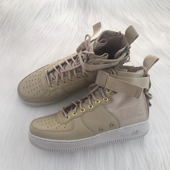 premium selection 2592c 02fa6 Women s Nike SF Air Force 1 Mid Boot Sneakers